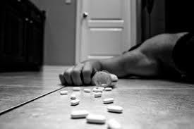 suicidio-con-pastillas